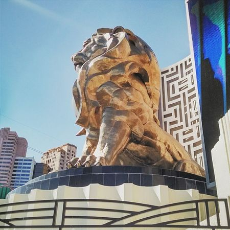 Golden Lion Lasvegas Vegas  Nevada SinCity Strip Trip Lion Gold Blue Desert MGM Statue Sky Casino Day April Spring