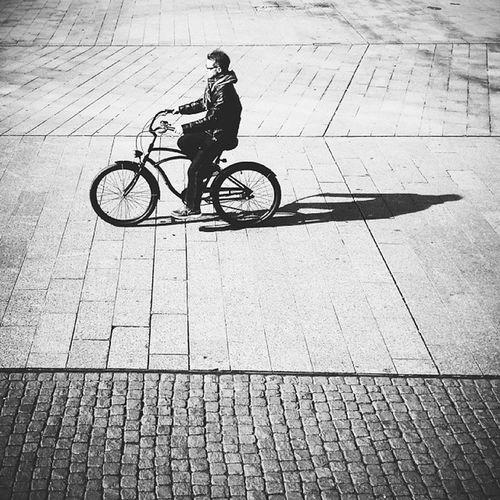 Sunshineinthecity Bikeseason Langeschatten Augustusplatz spotted thisisleipzig