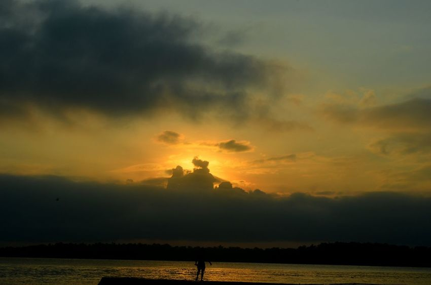 Sunset Silhouette Landscape Nature Cloud - Sky Outdoors Beauty In Nature Scenics Vacations Sky Beach