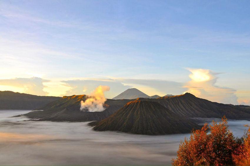 Volcanoes Nature Landscape Adventure Exploring Mt Bromo