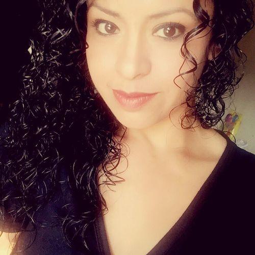 Unos labios y una mirada... querías algo más? Love Monterrey Curls Selfie Enamorada Pretty Pretty Girl Kiss Kiss Kiss KissMe Kiss Me Xoxo LoveMe Linda Noche