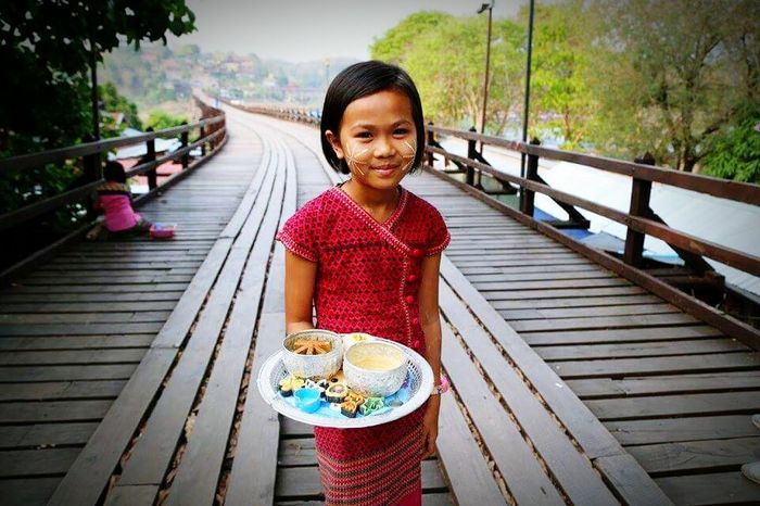 Portrait Child Looking At Camera Outdoors Smiling Beautiful People Beauty People Old Town History Temple In Thailand Traditional Architecture Architecture Victory Day Responsibility Religion Summer Monbridge Sangklaburi Kanchanaburi Thailand