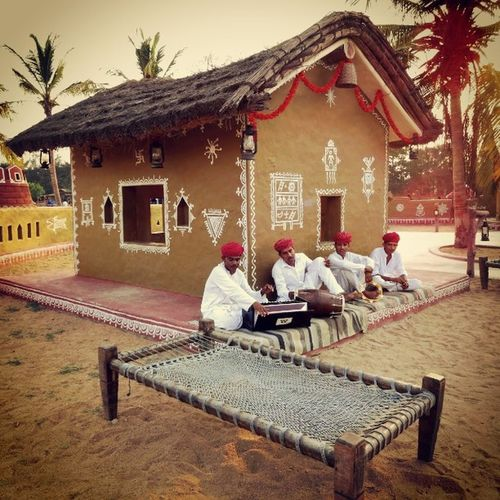 Excellent place to hangout with family Chokidhoni utopian village themed restaurant shot with Nikond3200 Sigmalens Lategram Chennai Picoftheday Sightseeings touched with Gmyvintique
