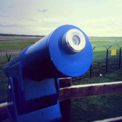 Talking telescope Manchesterairport Viewingpark Telescope Plane flying aviation