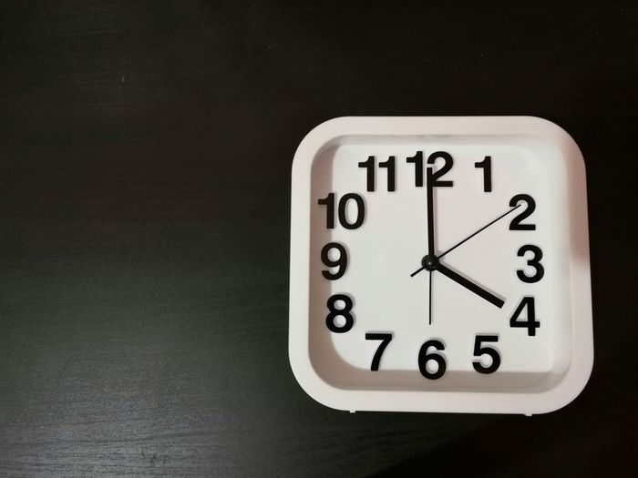 Clock shown 4