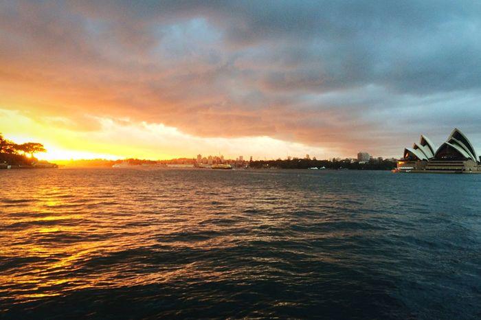 Sunrise Sydney Opera House Harbour Sunrise_sunsets_aroundworld Australia Sydney Opera House Sydneyharbour