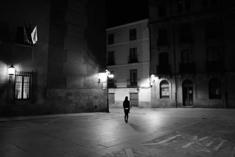 Av Black & White Blackandwhite City Monochrome SPAIN Streetphoto_bw Streetphotography