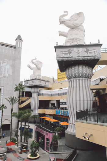 Architecture California City Hollywood Tourist Attraction  Architecture Art And Craft Building Exterior City Clear Sky Day Dragon Human Representation No People Outdoors Sculpture Sky Statue Tourist Destination