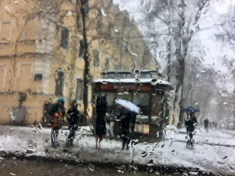IPhone Snow sidewalk Sidewalk Sleet Falling St. PETERSBURG Russia Umbrellas Art Is Everywhere Art Is Everywhere Art Is Everywhere BYOPaper! Stories From The City