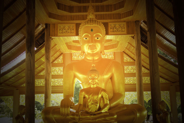 Thailand Buddha image วัด วัดไทย ประเทศไทย พระพุทธรูป ไหว้พระ Gold Statue Place Of Worship Architecture Close-up Catholicism Mosque Temple - Building Sculpture Religion Human Representation Church Buddha Pavilion Wat Pho EyeEmNewHere