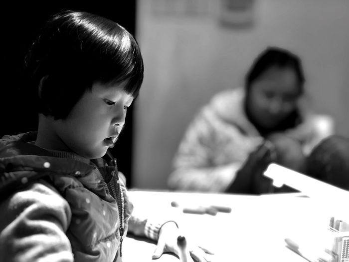 Daughter IPhoneX IPhone IPhoneography People Young Adult Close-up Real People Childhood Indoors  Blackandwhite Black And White Black & White