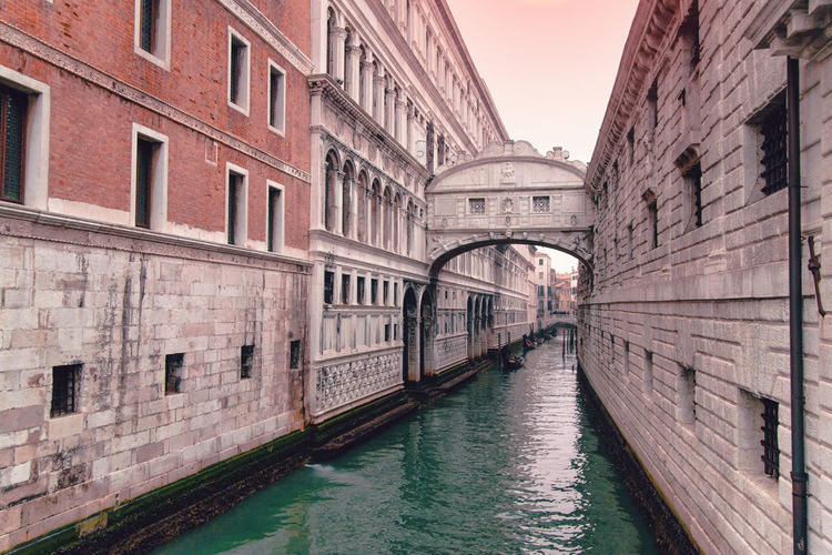 Architecture Built Structure Building Exterior Canal Water Waterfront City Building Bridge Nature Nautical Vessel Connection Transportation Incidental People Mode Of Transportation Day Travel Destinations Residential District Sky Outdoors Gondola - Traditional Boat