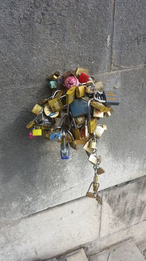 This is Crazy Paris France Cadenas Love