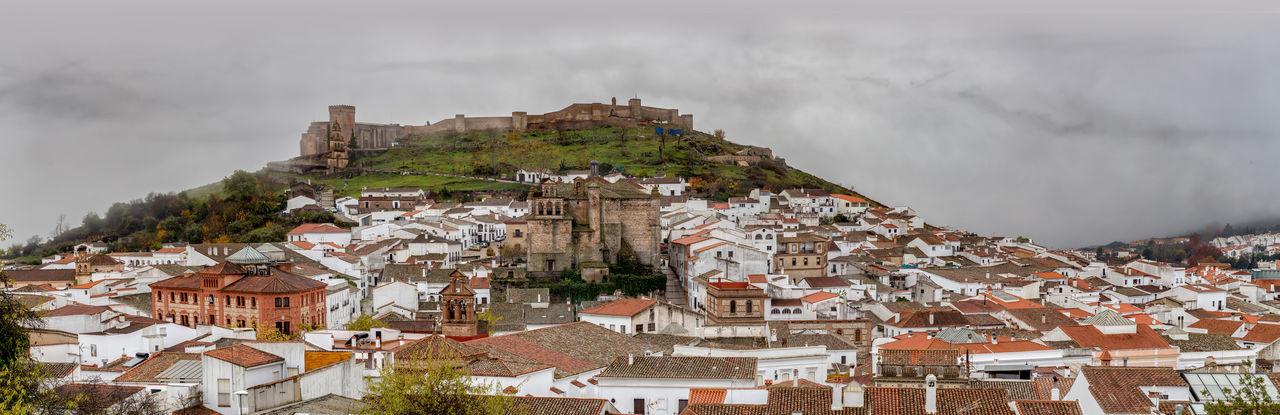 Panorama of the picturesque village of aracena in huelva, spain. cradle of ibérico ham