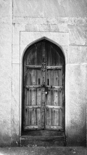 Closed Door Architecture Built Structure Entrance Building Exterior No People Outdoors Day Entry Security Bar Mobilephotography EyeEm Best Shots EyeEmbestshots EyeEmNewHere Blackandwhite Black & White Architecture Travel Destinations Historical Building Historical Place India New Delhi History