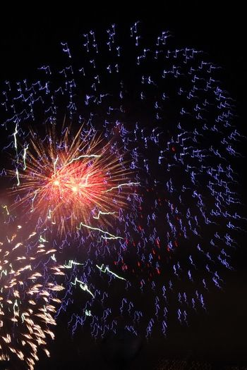 A Sky of Music Notes Music Note Music Notes TriShot Manofscars Fireworks Danang International Fireworks Festival DIFF 2017 Firework The Great Outdoors - 2017 EyeEm Awards