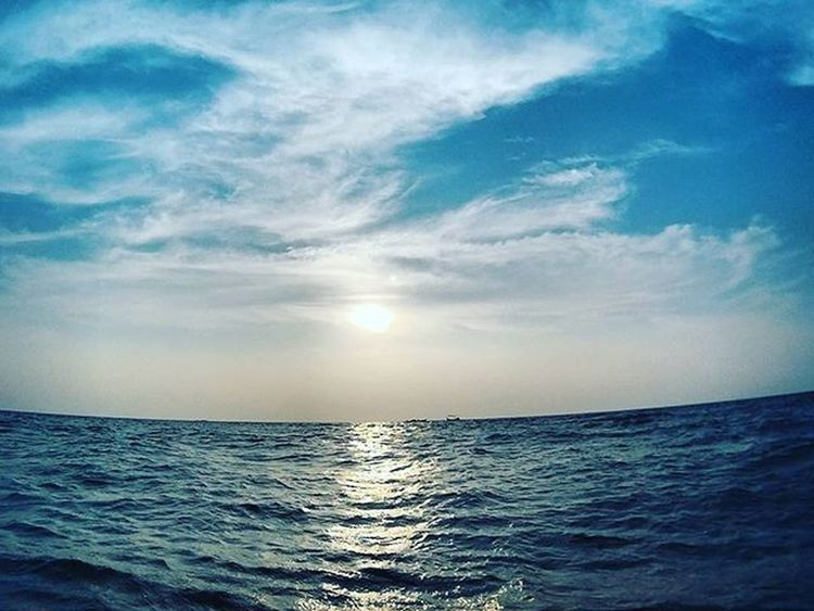This beach 😎 Beach Goan Allblue Calmsea Ocean Goanywhere Picmygoapic Awesome GoaLife Goantreasure Beauty Sky Skyporn Ahd Goa Mytravelgram