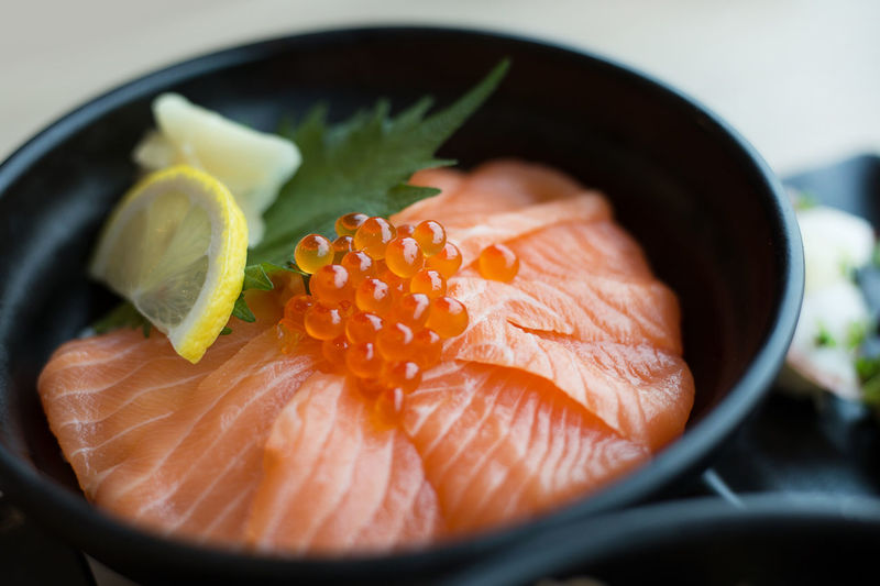Close-up Day Food Food And Drink Freshness Healthy Eating Indoors  No People Ready-to-eat Salmon Salmon - Seafood Salmon Ikura Salmon Sashimi Salmone Seafood