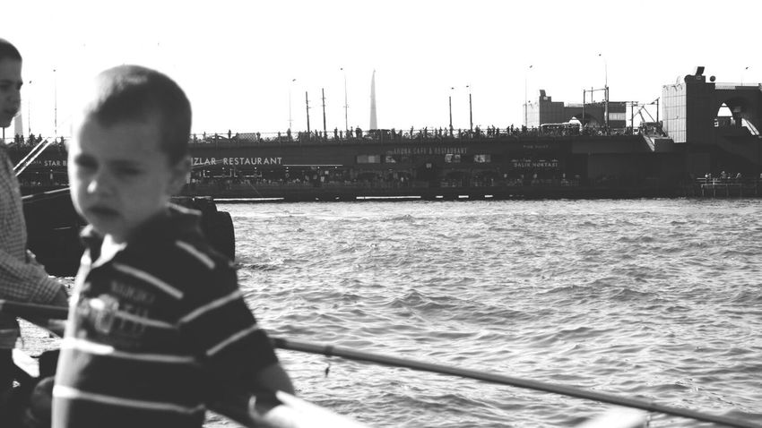 Eminönü Children Child Goldenhorn Goldenhorn Bridge Black And White Seascape Canon Galatakoprusu GalataBridge