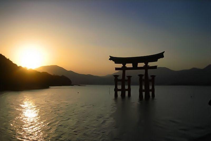[ それは2006年でした ] A Decade Ago My First Camera Miyajima Island Hiroshima,japan Itsukushima Shrine 2006 Collection : Japan Showcase: February Eyeem Philippines Tourist Attraction  Travel Destination Tourist Destination Travel Art Is Everywhere Neighborhood Map