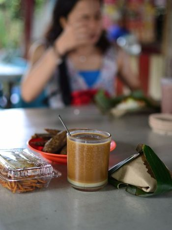 Dec'13: my staple breakfast spread growing up in the East Coast of Malaysia - Pak Yusop Breakfast Stall, Kuala Terengganu (Terengganu, Malaysia) Kuala Terengganu Malaysia Truly Asia Malaysian Food Close-up Day Drink Drinking Glass Drinking Straw Focus On Foreground Food Food And Drink Freshness Healthy Eating Indoors  Lifestyles Malaysia One Person People Plate Ready-to-eat Real People Refreshment Table Terengganu Women The Week On EyeEm EyeEmNewHere Food Stories