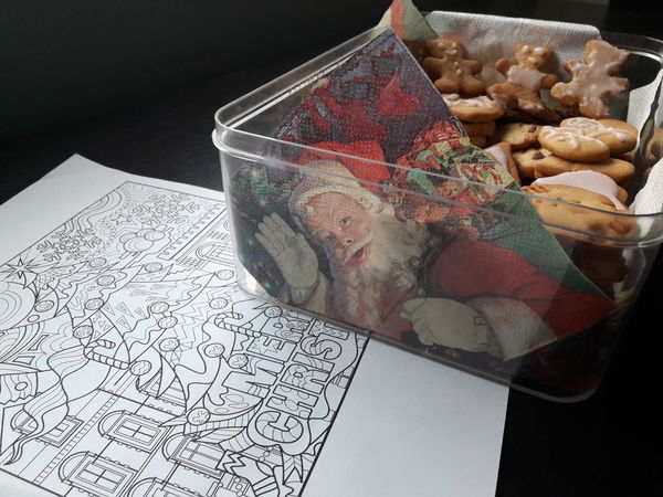 Christmas mood Christmastime Christmas Decoration Christmas Food Christmas Cookie Christmas Cookies Christmas Colors Christmas Coloring Christmas Coloring Page Santa Santa Claus Santaclaus Father Christmas Gingerbread Gingerbread Cookie Gingerbread Cookies! Christmas Holidays Food And Drink Table Indoors  Food No People Healthy Eating Ready-to-eat Close-up