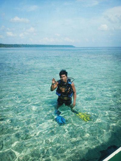 Diving at Kakaban Island. Scuba Diving Derawan Island Maratua Island Diving