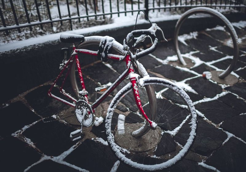 Bicicleta Bikecycle No People Objects Snow Bronx, New York left behind.