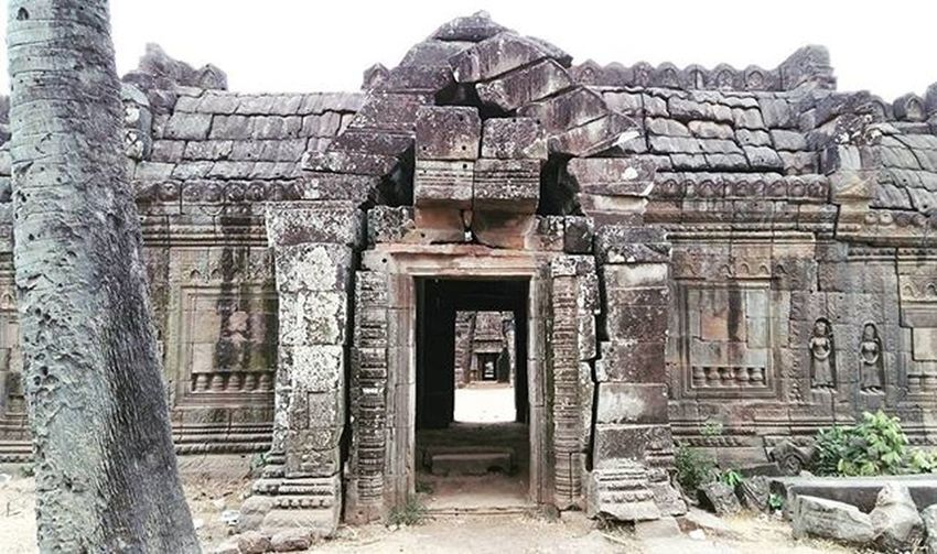 Wat Nokor 🏯 Khmer Temple built around 900 years ago... believed to be even older than Angkor Wat. Ancient Knowledge Worship Antique Monument Stones KampongCham Cambodia