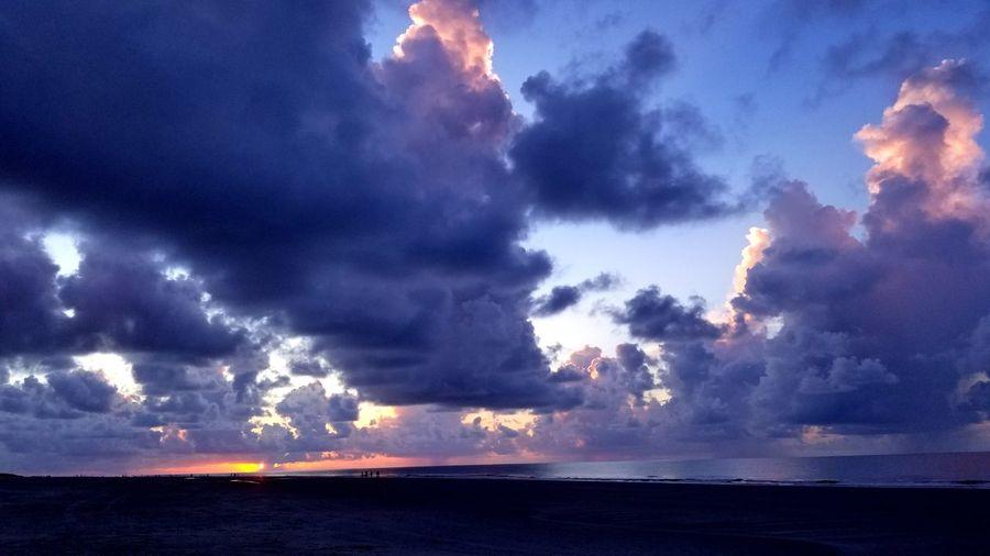 Backgrounds Travel Clouds Sunrise Clouds And Sky Ocean Beach Hilton Head Island, SC Beautiful Sun Power In Nature Sea Water Beach
