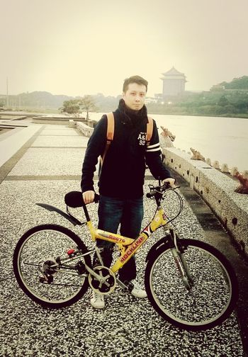 thanks to a lovely couple for helping me take this Biking Abercrombie & Fitch  Asian  Taiwan