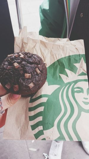 Starbucks Walking Around Camden Town Travel Photography Notes From The Underground London Muffin 🍰
