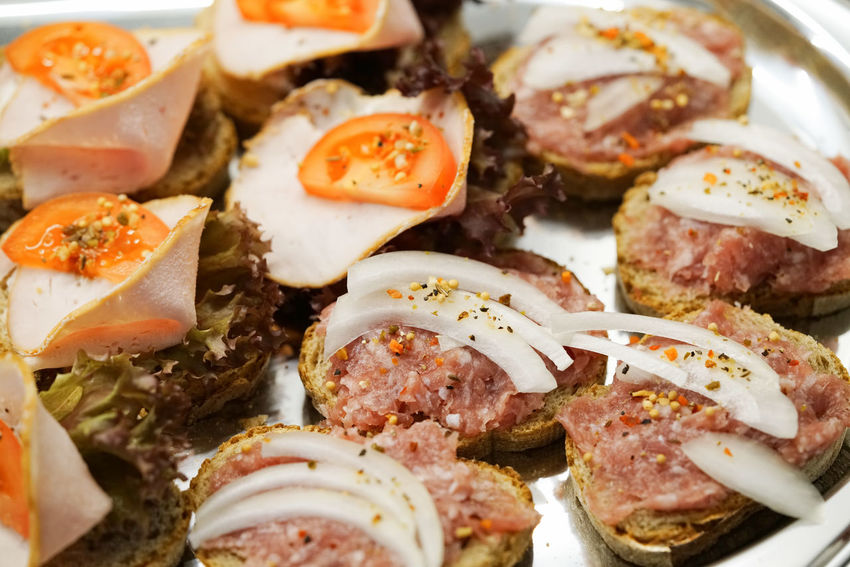 Häppchen Close-up Day Food Food And Drink Freshness Healthy Eating Indoors  Italian Food Kalte Platten Meat No People Plate Ready-to-eat Seafood Serving Size SLICE