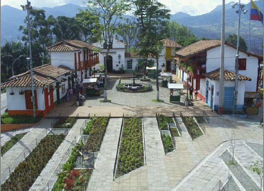 Pueblito paisa. Medellin Colombia. Turism Colombia Es Bella Pueblito Paisa Medellín Hello World ✌ ✌