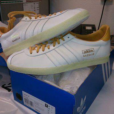 Oeps i did it again.. Adiddicted Adidas Adidasgazelles Thethreestripesbrand Thebrandwiththethreestripes Adidasramon085