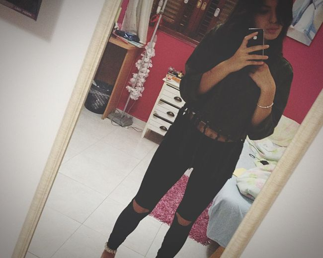 Hi! Smell I Love It ❤ Live Your Life :) ❤❤❤ That's Me Me:) ✌&❤ ⭐ 17 Years Old