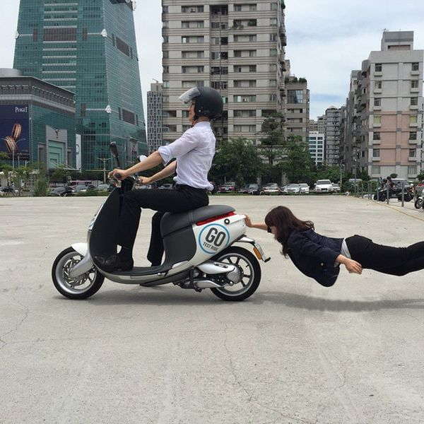 When you fell off the scooter , but you don't wanna let go Scooter Letgo Gogoro Electricscooter Electric Ride RideOut Bike Biker Bikergang Helmet Cycle Bikelife Streetbike CC Instabike Instagood Instamotor Motorbike Photooftheday InstaMotorcycle Instamoto Instamotogallery Supermoto Cruisin cruising bikestagram