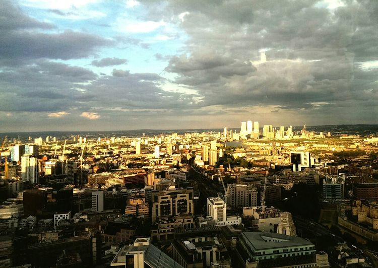 View from the Walkietalkiebuilding, London. Cityscapes Sky And Clouds City Skyline