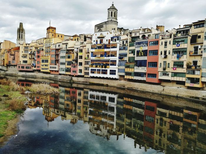 Reflection Architecture Cityscape City Cloud - Sky Building Exterior Residential Building Outdoors Built Structure Sky Urban Skyline Day No People Ghetto