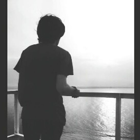 Boy at the sea Candid Pict Eyempict Moment Love Daily
