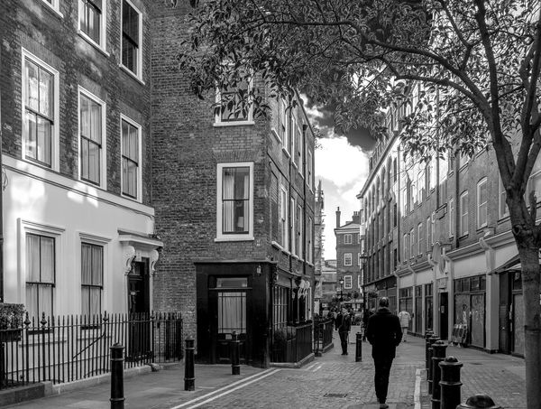 Meard Street, Soho, London Soho London London Streets Black And White Blackandwhite Monochrome Street Urban FUJIFILM X-T2 Georgian Architecture Architecture Building Exterior City City Life