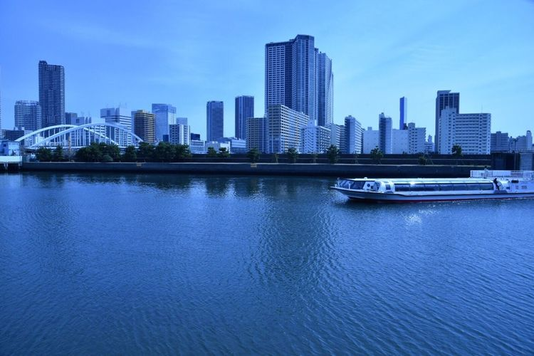 City Architecture Skyscraper Modern Cityscape Waterfront Urban Skyline Sky Office Building Water Reflection No People Outdoors Day Japan Cityscape Nikon D750 River Landscape Tokyo,Japan 浜離宮恩賜庭園 Blue Water