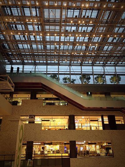 Mall OSAKA Japan Buildings Eye4photography  Streetphotography Eacalator Shop