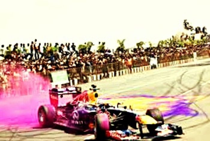 """HOw coLouRful THe day VtH """"FORMULA 1 """" First Eyeem Photo"""