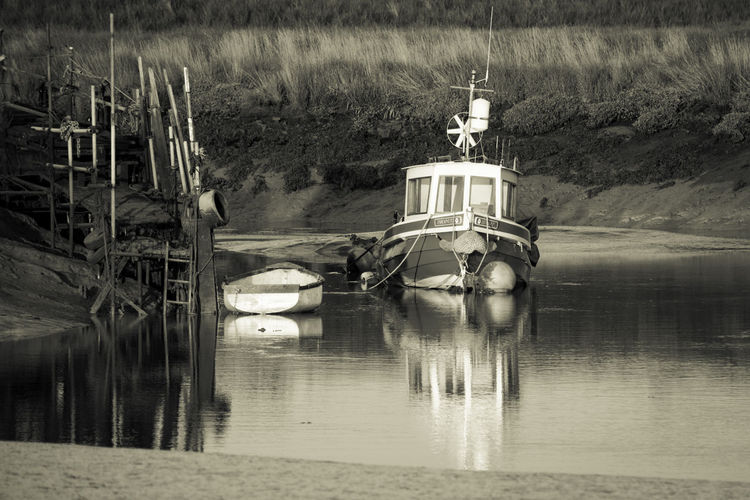 Boats⛵️ Day Estuary View Low Tide, Dry River Bed Nature No People Outdoors Riverbank Water