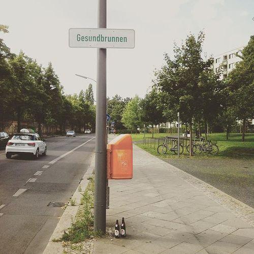 Zuhause ankommen, Wegbier abstellen. Berlin Gesundbrunnen Bier Wegbier