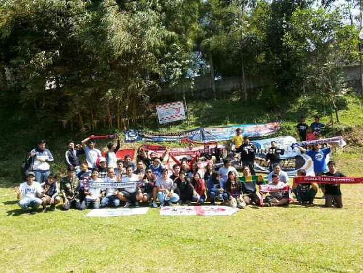 Gathering Football Fans Club Tangerang Selatan 1Regional1Tujuan