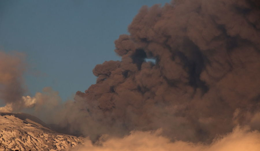 ...face Cloud - Sky Day Erupting Etna, Mountain, Sicily, Geology Natural Disaster Nature Outdoors Parossismo Physical Geography Power In Nature Sky Smoke - Physical Structure Volcano