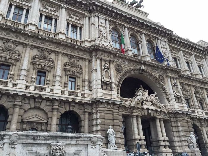Palazzo Di Giustizia Palace Of Justice Building Exterior Architecture Low Angle View Travel Destinations Outdoors Built Structure Architectural Column Statue No People Sculpture City Day Hi World ArtInMyLife Pediment History Rome Italy🇮🇹
