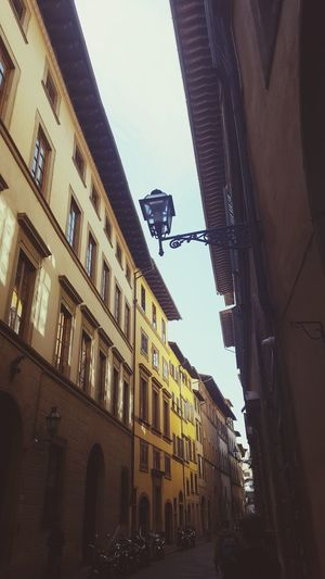 Street's of Toskana Old Street Lamps Old Street Toskana Italy 🇮🇹 Streetphotography Building Exterior Architecture Built Structure Sky City Building Window Street